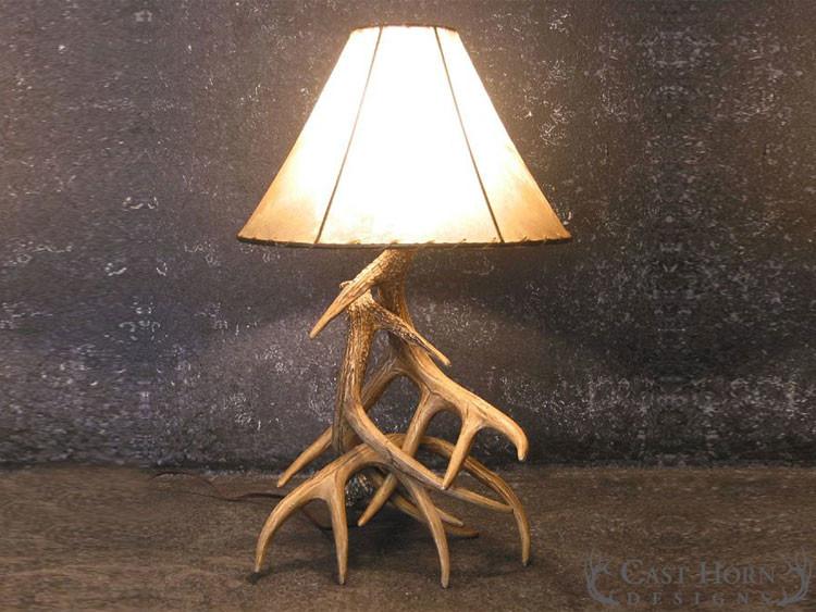 Great Whitetail Deer 3 Antler Table Lamp