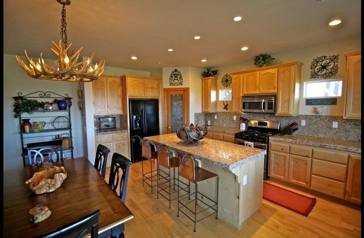 antler chandelier kitchen and dining room cast horn designs