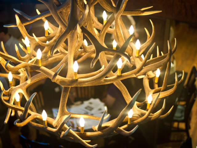 antler chandelier in restaurant